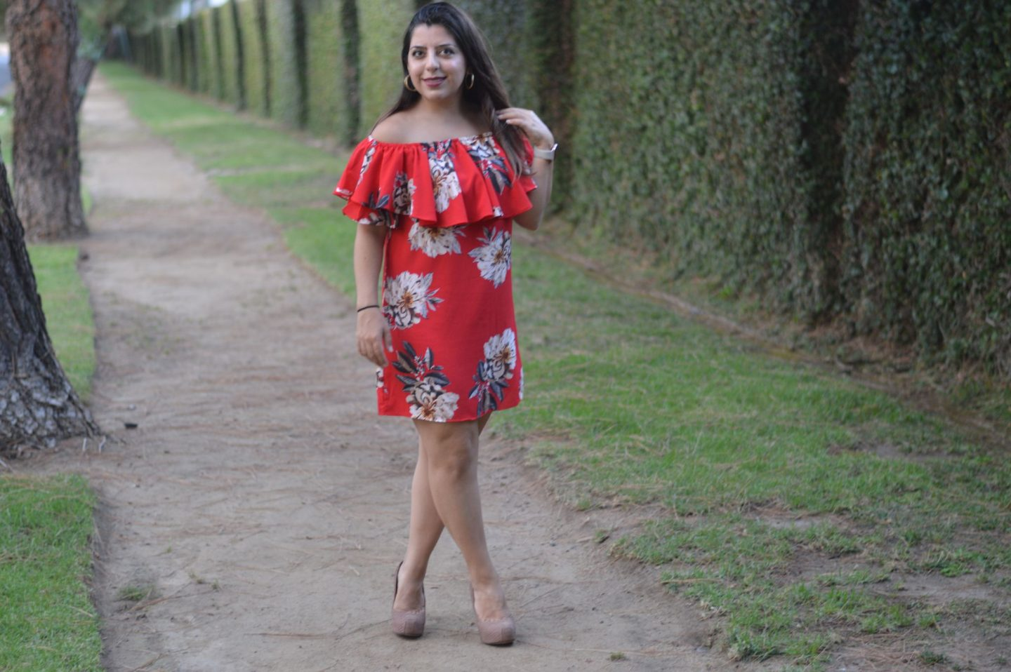 Carefree Summer Style – Off the Shoulder Ruffles